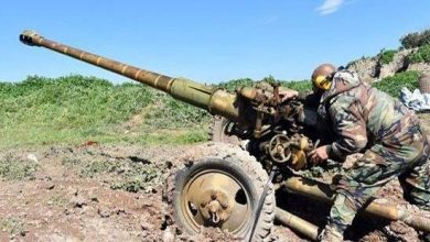 صورة مناوشات وقصف متبادل بين الفصائل والجيش السوري في إدلب