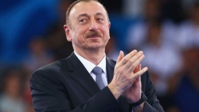 صورة الرئيس الأذريبجاني يعلن السيطرة على كامل الحدود مع إيران
