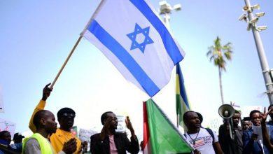 """صورة """"السودان"""" تطبع علاقاتها مع إسرائيل رسميا"""