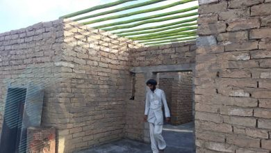 صورة ريف البوكمال.. قرى نفطية بيوتها من طين ووعود أمريكية غامضة