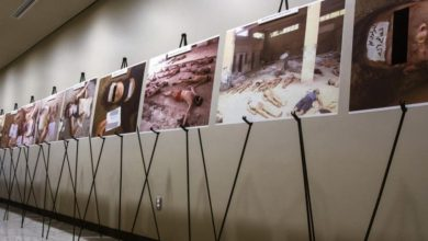 """صورة """"أوباما"""" .. الذي """"دفن"""" شهادة قيصر يتباكى على آلام السوريين"""