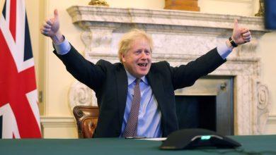 """صورة الاتحاد الأوروبي يصادق على اتفاق التجارة لما بعد """"بريكست"""""""