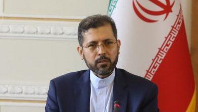 """صورة """"طهران"""" تتهم فرنسا بالضلوع في قتل آلاف اليمنيين"""