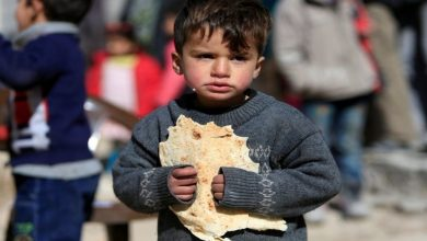 صورة مقتل وجرح 10 أطفال بانفجار لغم أرضي في درعا