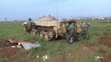 """صورة تدريبات روسية مع الجيش السوري على حرب """"الدبابات""""!"""