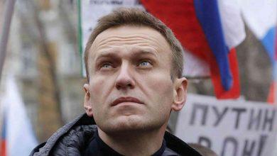 صورة السلطات الروسية تقرر نقل نافالني الى المستشفى