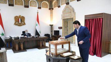 صورة من الحاصل على تأييد مجلس الشعب إلى جانب الأسد؟