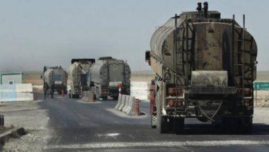 صورة صهاريج من النفط الخام تتجه لشرقي الفرات