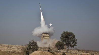 صورة إطلاق 3 صواريخ من داخل سوريا باتجاه إسرائيل
