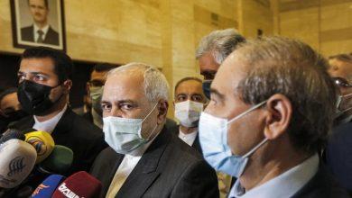 صورة ظريف يعلن افتتاح قنصلية إيرانية في حلب