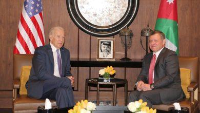 """صورة الملك الأردني يحمل رسالة """"سورية"""" لبايدن"""