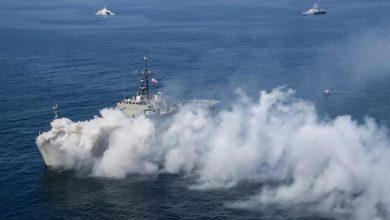 صورة بعد احتراقها.. غرق سفينة حربية إيرانية