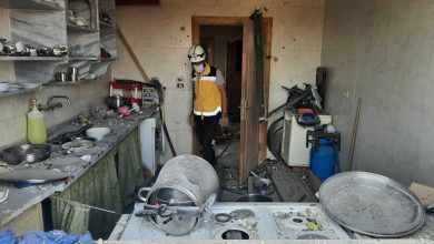 صورة قصف مدفعي يودي بحياة 3 أشخاص في إدلب