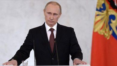 صورة بوتين يلمح الى تواطؤ أمريكي ضد قواته في سوريا