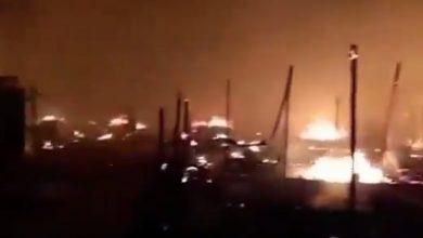 صورة حريق يلتهم 20 خيمة للسوريين في لبنان