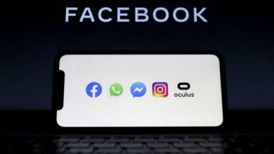صورة ضربة تاريخية قاسية لمواقع التواصل الاجتماعي.. فيسبوك وواتساب خارج الخدمة