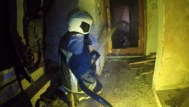 صورة انفجار مجهول وسط إدلب تزامنا مع غارات روسية