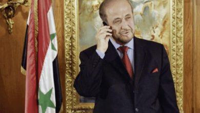 صورة رفعت الأسد.. القائد العائد