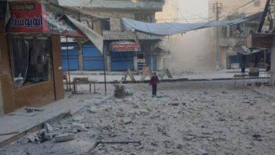 صورة على وقع اجتماعات اللجنة الدستورية.. عشرات القتلى والجرحى بقصف على إدلب
