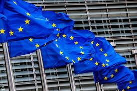 صورة الاتحاد الأوروبي يمدد العقوبات على المتورطين في تطوير الأسلحة الكيماوية في سوريا