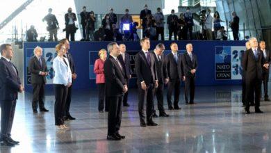 صورة الناتو يجمع على طرد 8 دبلوماسين روس